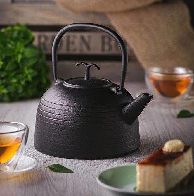 Zaparzacz żeliwny do herbaty z filtrem / Imbryk żeliwny Gipfel 1,2l